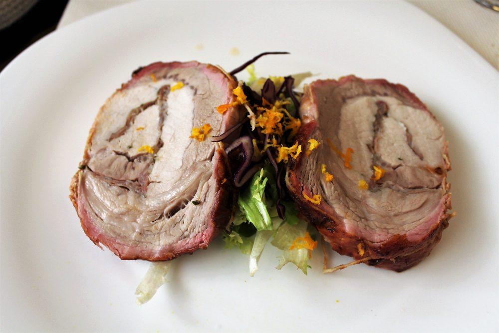 Masseria Mastrangelo fuori menu' - il maiale in porchetta con zeste di agrumi