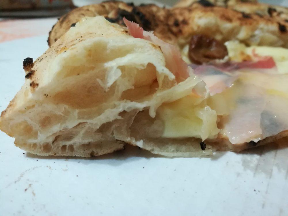 Gennaro Esposito Pizzeria. Il Cornicione