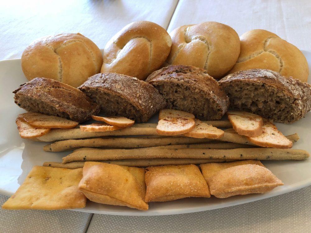 La Piazzetta, pane e grissini