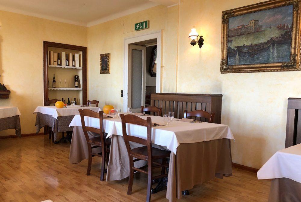 Piazzetta, Montevecchia Sala ristorante