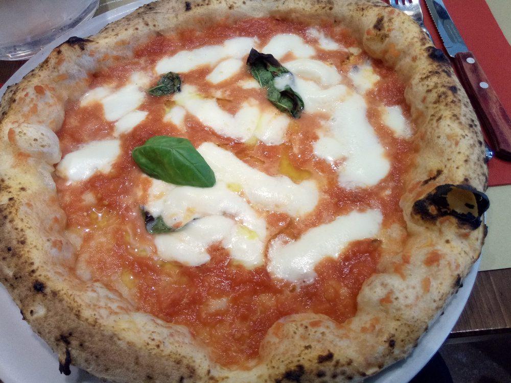 Pizzeria Da Zero a Milano - Pizza Margherita