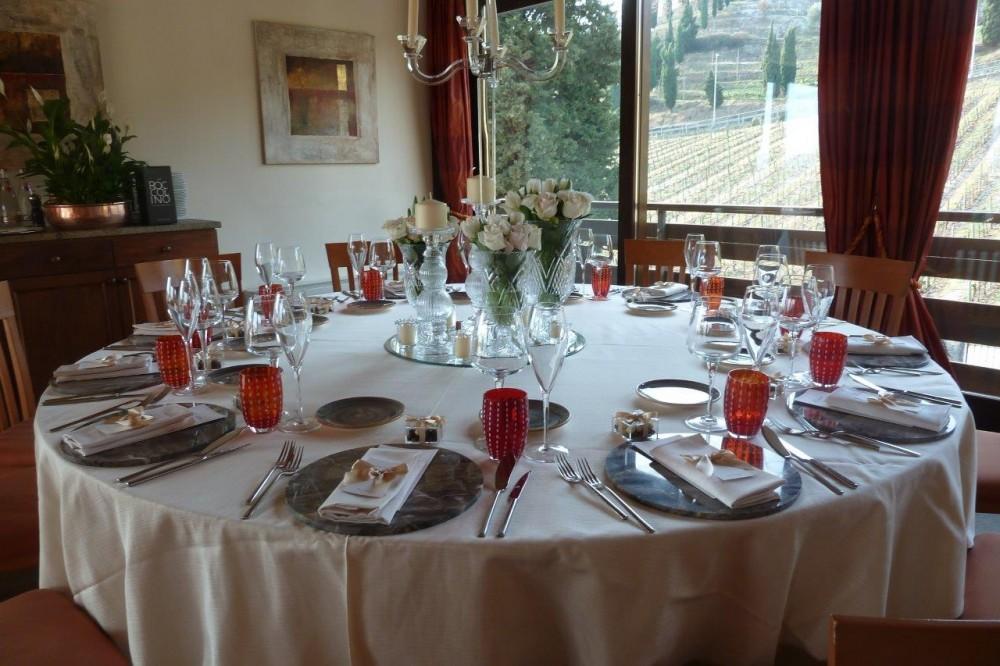 Ristorante Al Vigneto, Grumello del Monte, la tavola con vista sulle vigne di proprieta'
