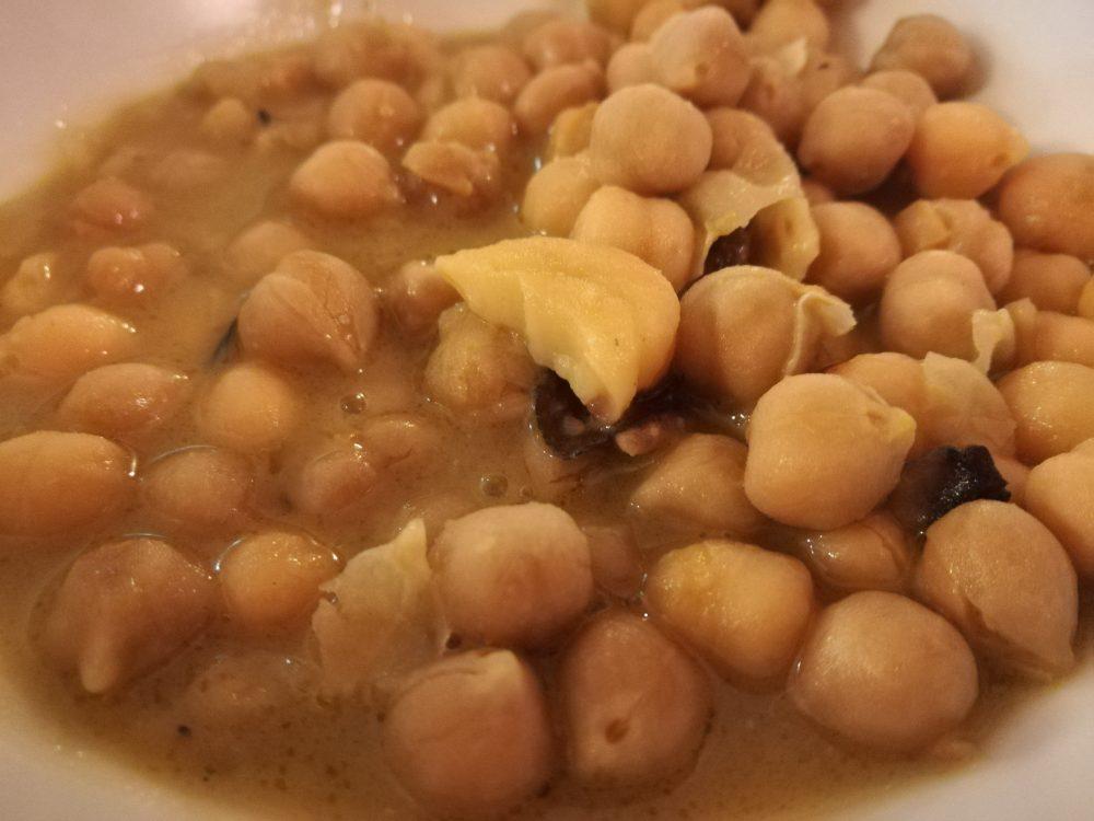 Trattoria A' Lanterna - La Zuppa di Ceci e Castagne con farina di Piselli