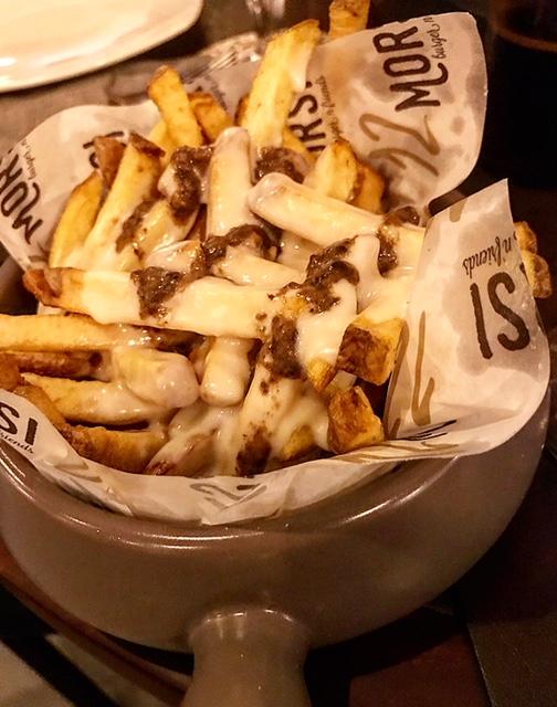 12 Morsi - Patate di Avezzano con crema di parmigiano e salsa al tartufo