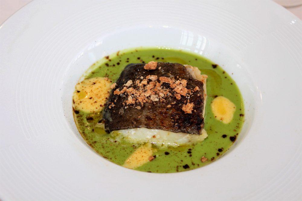 Giulio Restaurant il baccala' su fondo di piselli