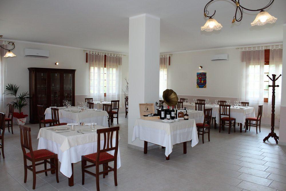 Giulio Restaurant la sala interna