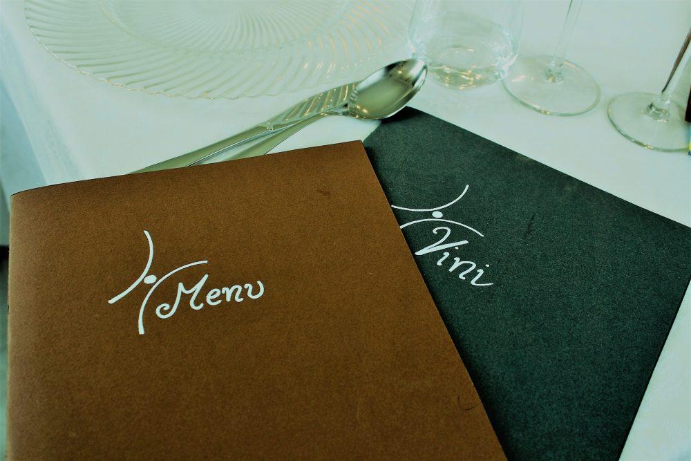 Giulio Restaurant la carta del menu' e vini