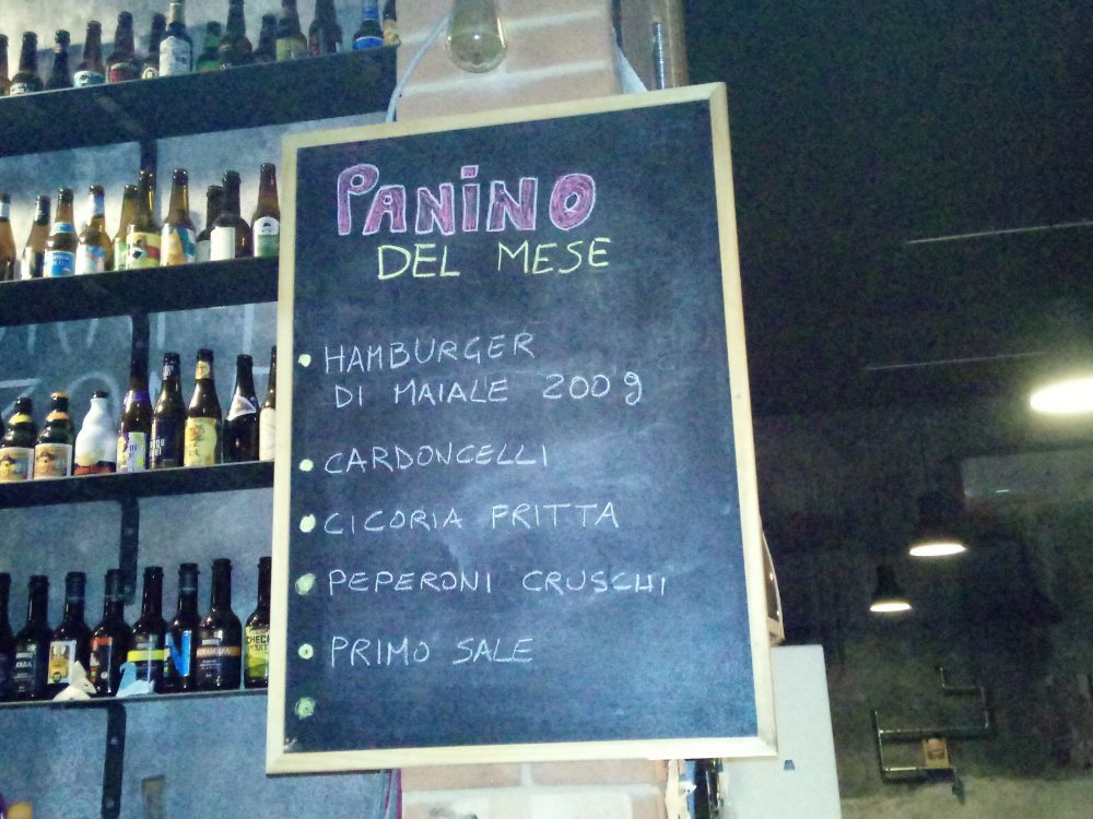 Draft Beer and Food Lavagna con il panino del mese