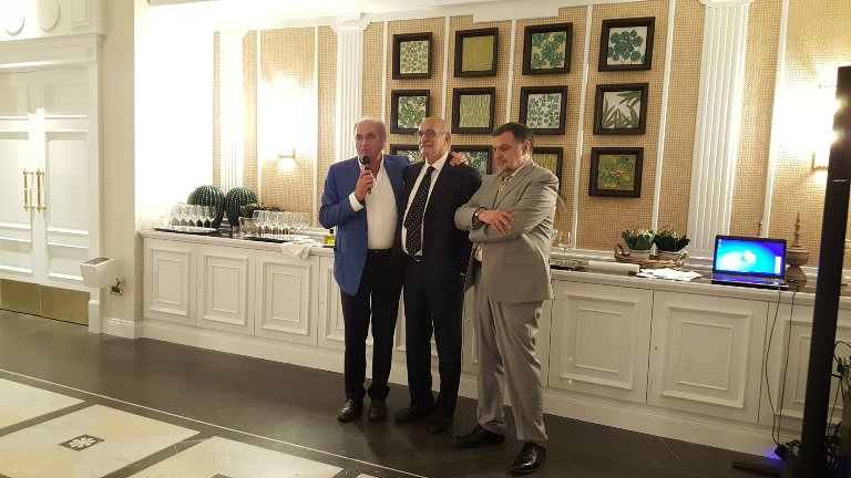 EVO International Olive Oil Contest, Gaetano Avallone tra Peppino Pagano e Antonio Giuseppe Lauro -a destra