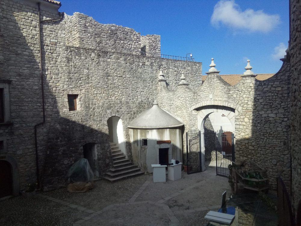 Interno Castello della Leonessa