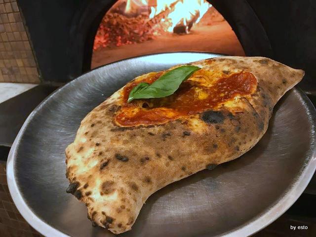 Pizzeria Acunzo Ripieno Pulcinella