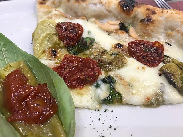 Prima Classe- Pizza Lady Bruna