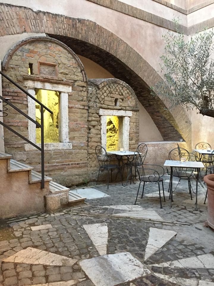 Saulo, il cortile interno