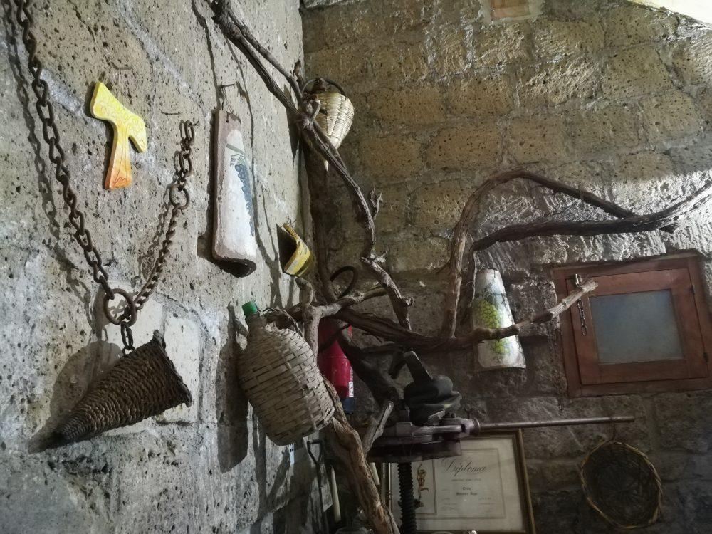Antica Cantina O' Spurtiglione - Scendendo in Cantina