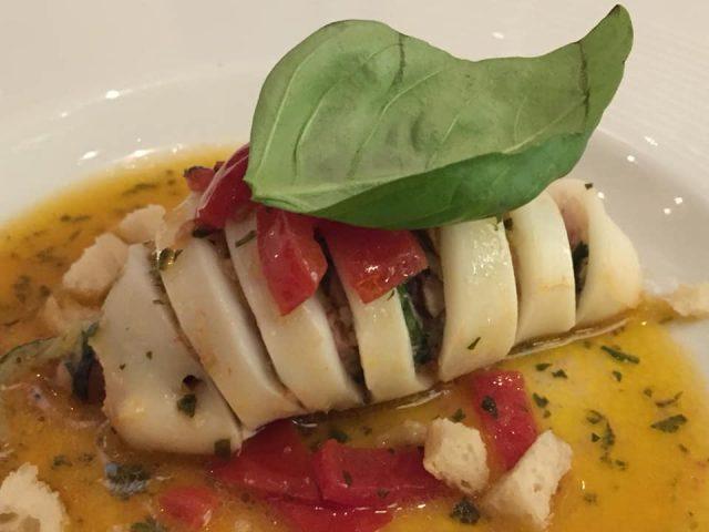 La Caravella, il Menu dei 60 anni, 'o calamaro all'amalfitana mbuttunato con zucchine