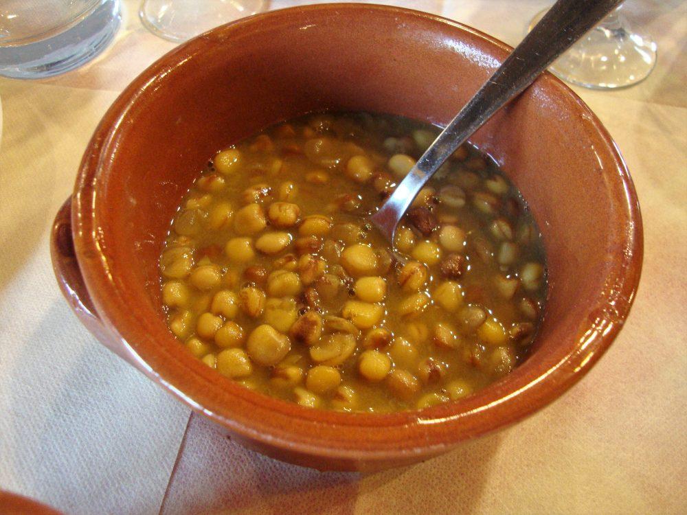 Trattoria La Conca – zuppa di ceci e lenticchie della valle