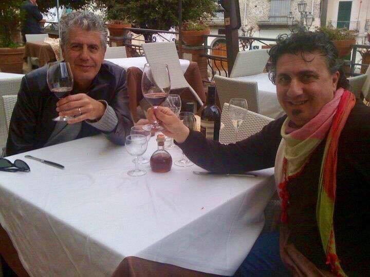 Anthony Bourdain con Pasquale Torrente nel 2010