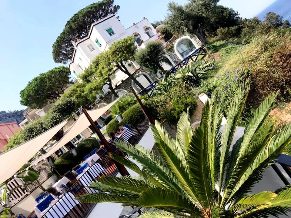 JKitchen, J.K. Place Capri