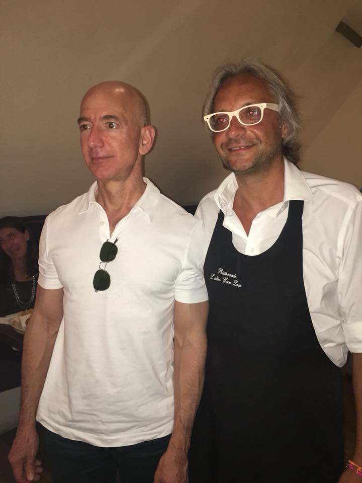 Jeff Bezos e Diego Nuzzo