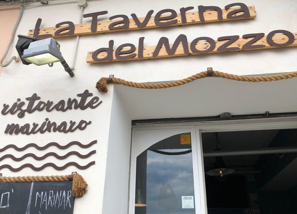 La Taverna del Mozzo, Esterno
