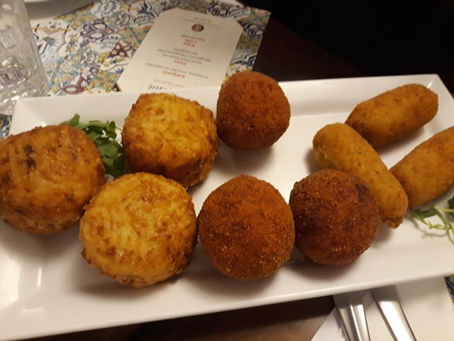 Salvatore Di Matteo Le Gourmet - Frittatina, crocche' e arancino