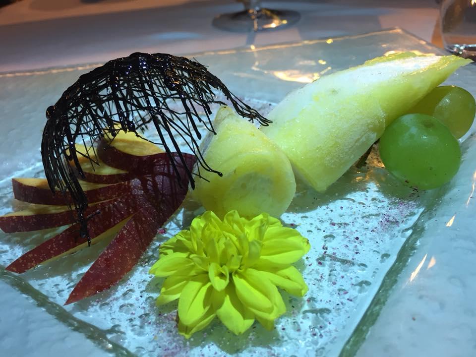 'O Pignattello, Ischia - cannolo di ananas