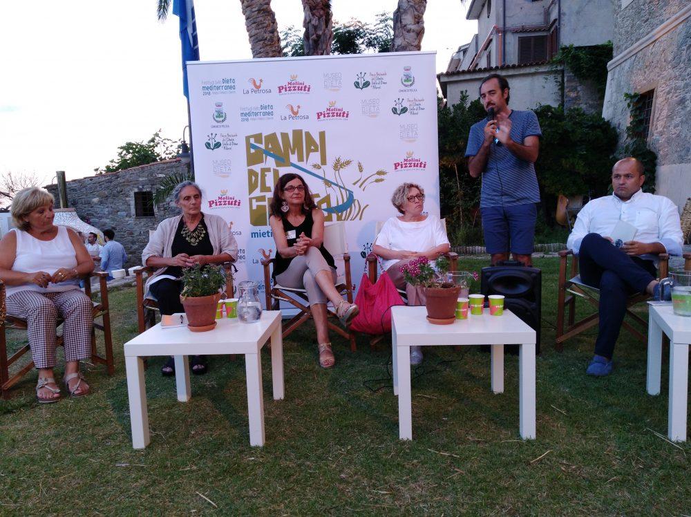 Festa dei Grani Antichi - Relatori inseme al Sindaco di Pollica Stefano Pisani