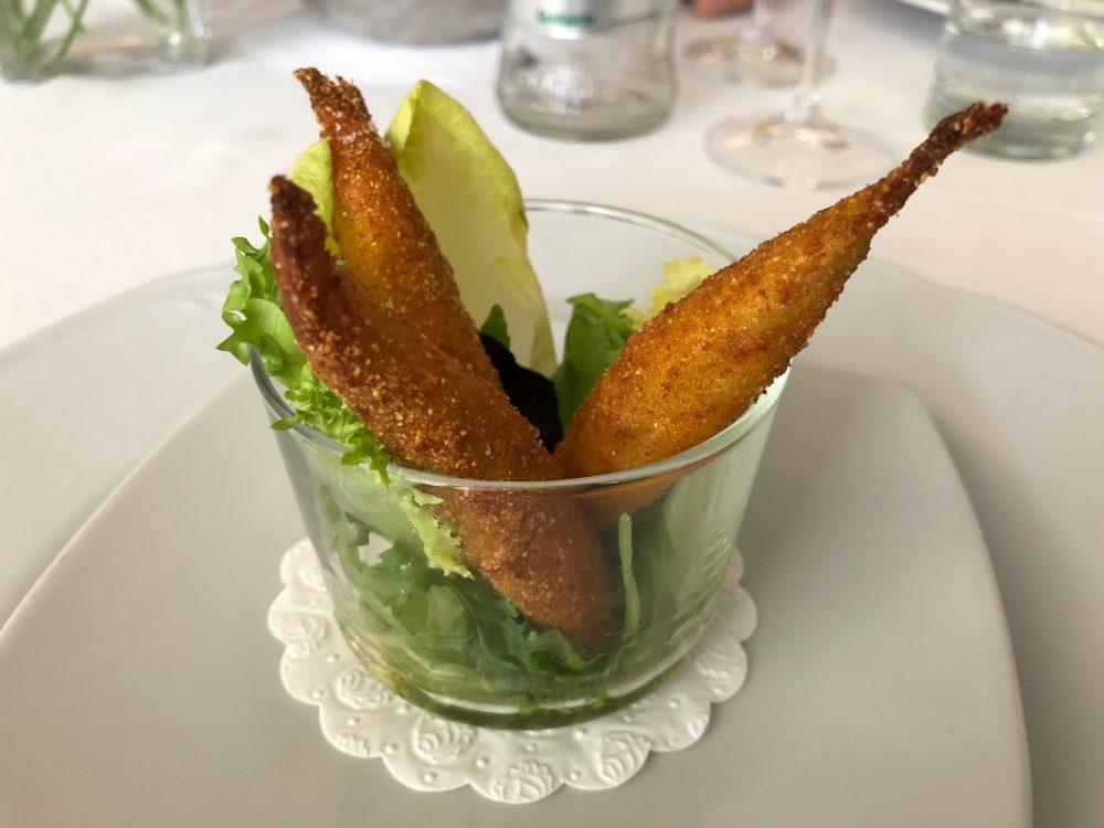 Il Ghiottone, alici fritte con misticanza
