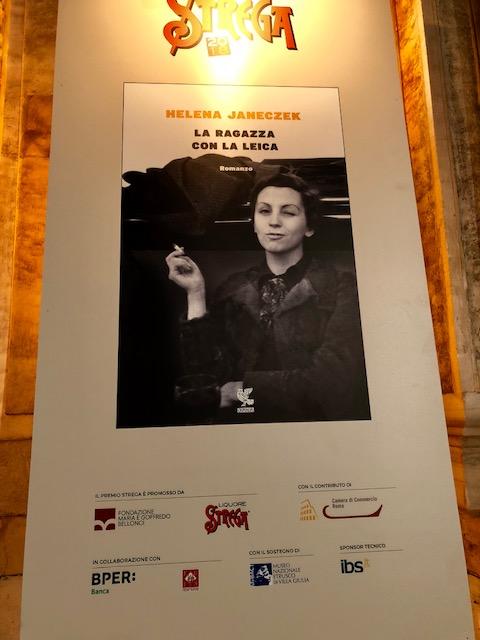 Il romanzo vincitore del Premio Strega 2018 La Ragazza con la Leica di Helena Janeczek- Guanda