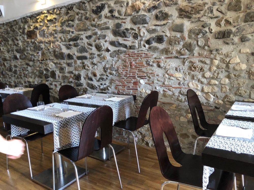 La Cantinella, Villammare, un dettaglio del locale dei fratelli Riccardi