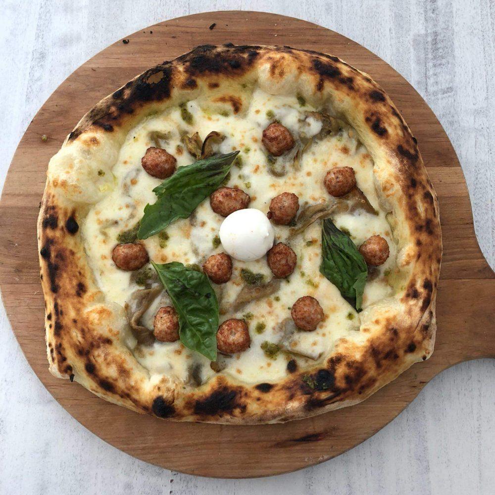 La pizza Carletto della pizzeria Il Diavoletto