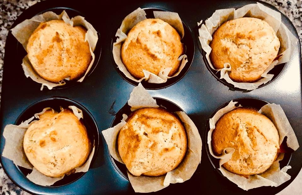 Muffin al limoncello appena sfornati