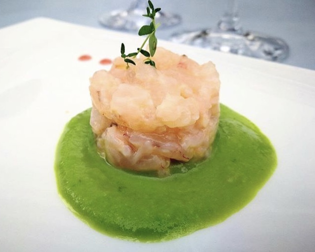 Restaurant Taste - Tartare di gamberi di Crotone con crema di lattuga