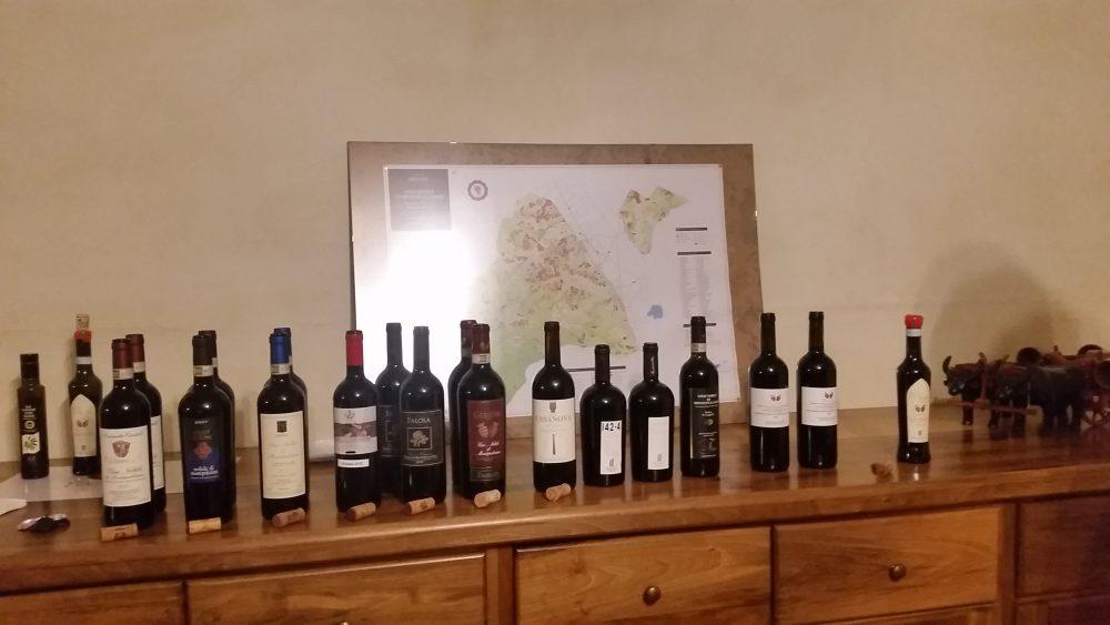 Terranobile, batteria dei vini in degustazione