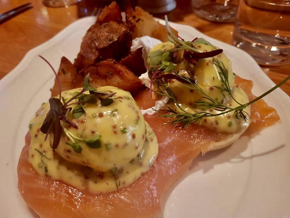 The Standard Hotel, Egg Benedict al salmone