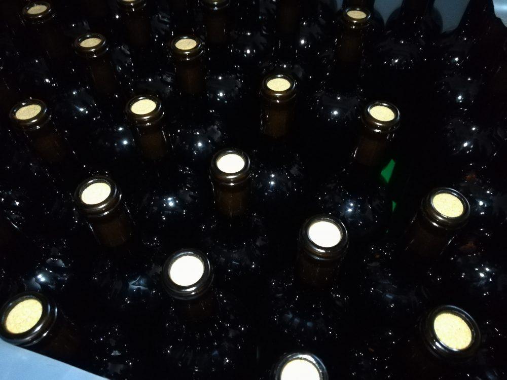 Bed & Wine Rocco Zambro - Bottiglie da etichettare