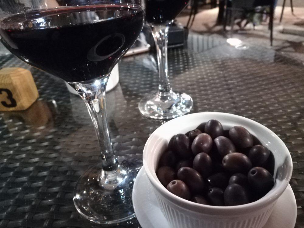 Caffe' Pace - Negroamaro e Olive Pugliesi