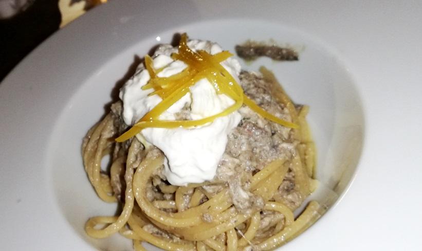 Cru - spaghetti con alici