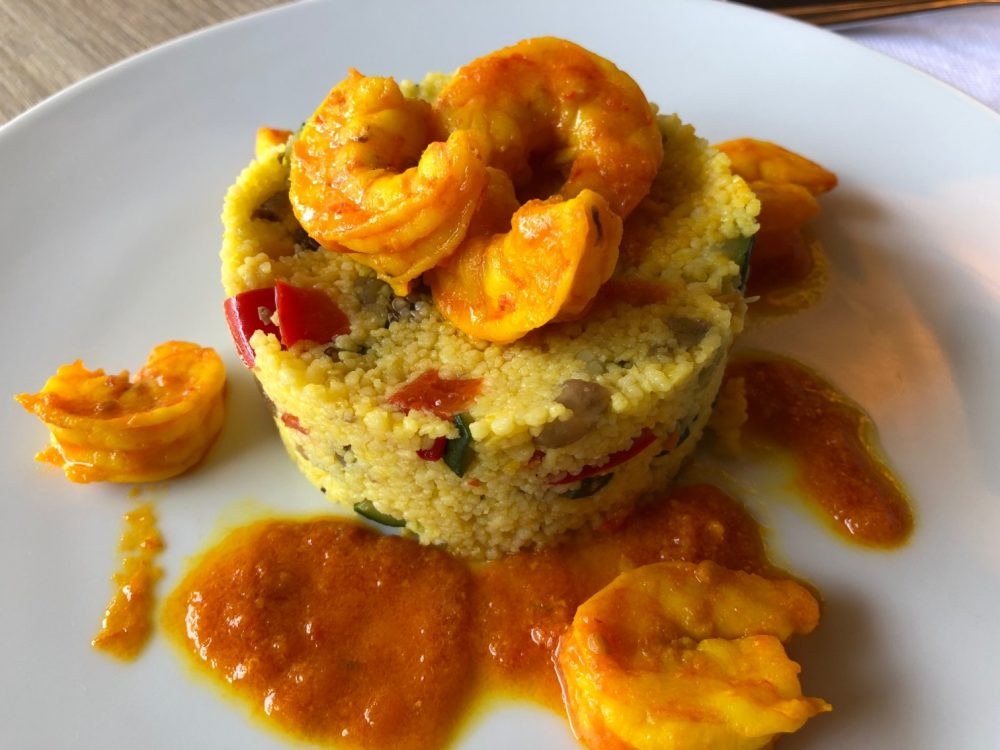 Hotel De La Ville, Riccione, cous cous allo zafferano, verdure e gamberi al pomodoro