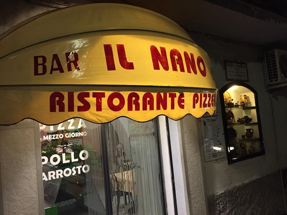 Il Nano, l'ingresso