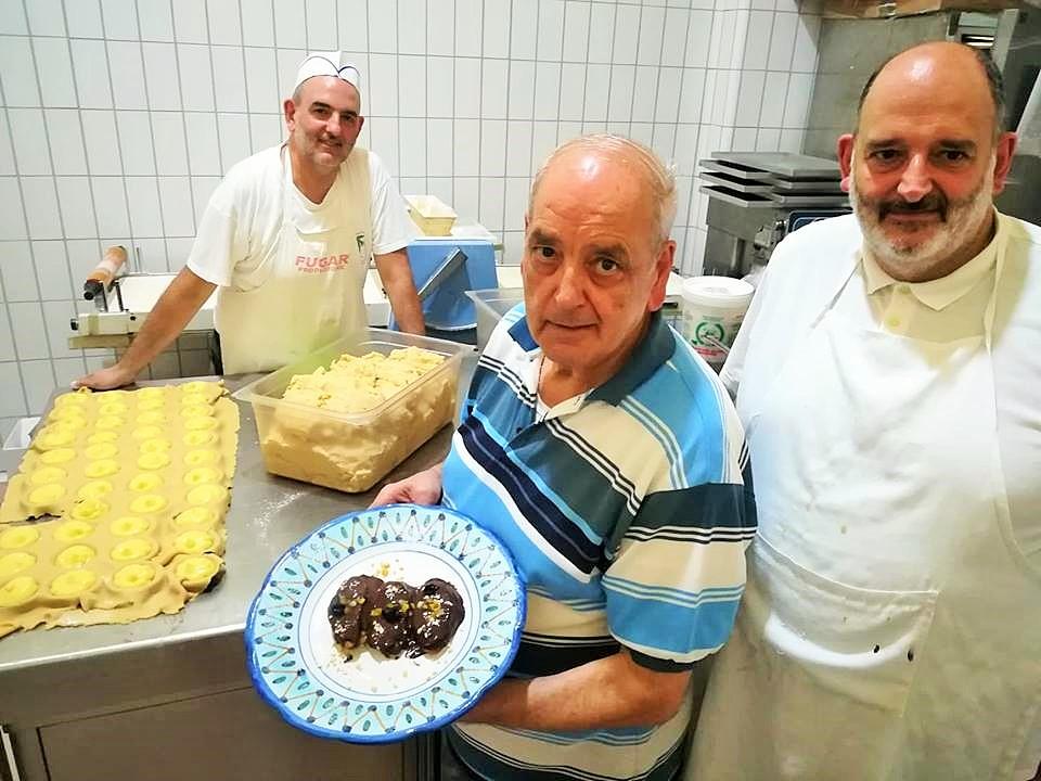 Melanzane con la cioccolata - La famiglia Napoli, papa' Michele ed i suoi figli