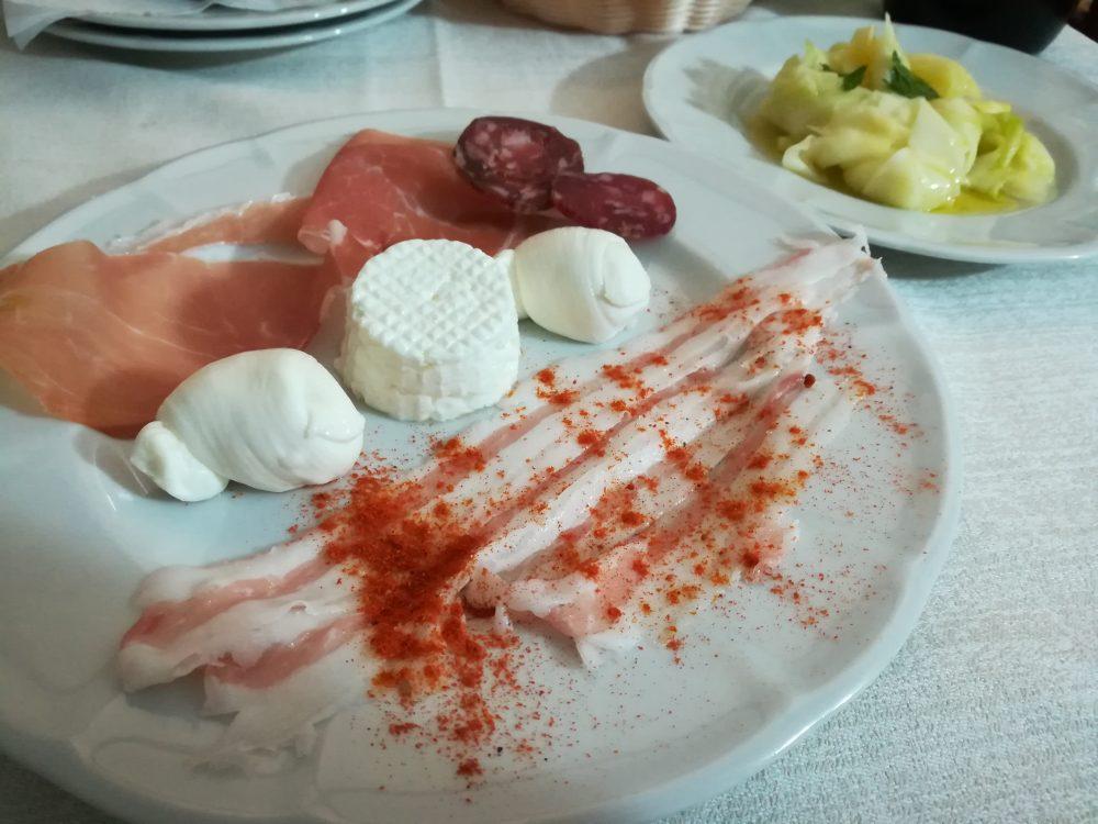 Masseria Don Gianvito - I Salumi, i Nodini e il Primo Sale