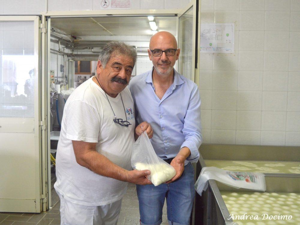 Pepe In Grani a Caiazzo. Franco Pepe e il titolare de Il Casolare