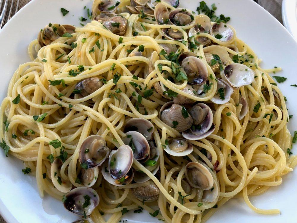 Massimo dei Mille -Spaghetti con le vongoline dell'Adriatico