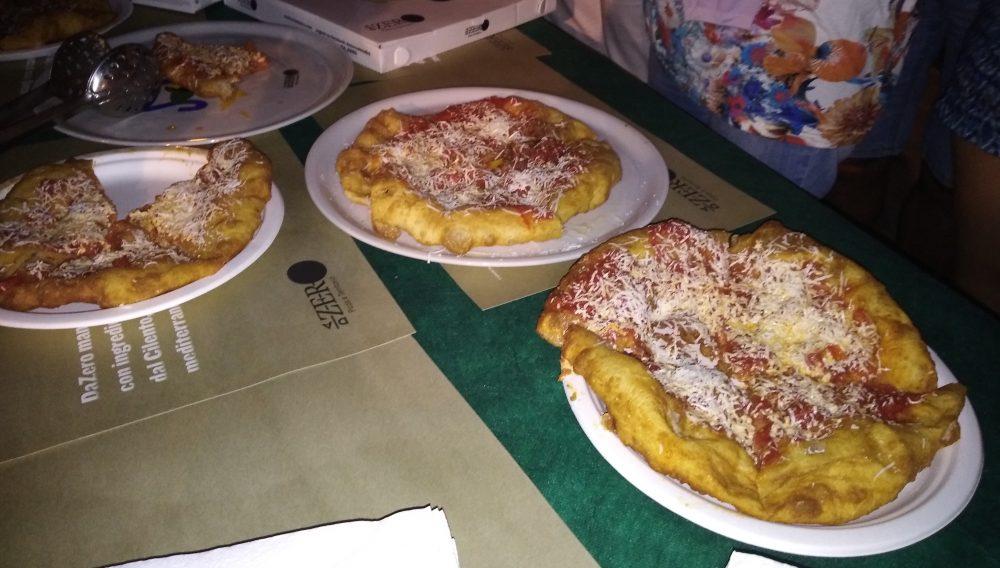 Top Pizza 50 a Pioppi Pizze fritte preparate da Paolo De Simone