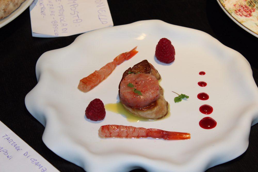 Angelo Gravino - Scaloppa di Fois Gras, tartare di gamberi rossi, salsa lamoni e lamponi