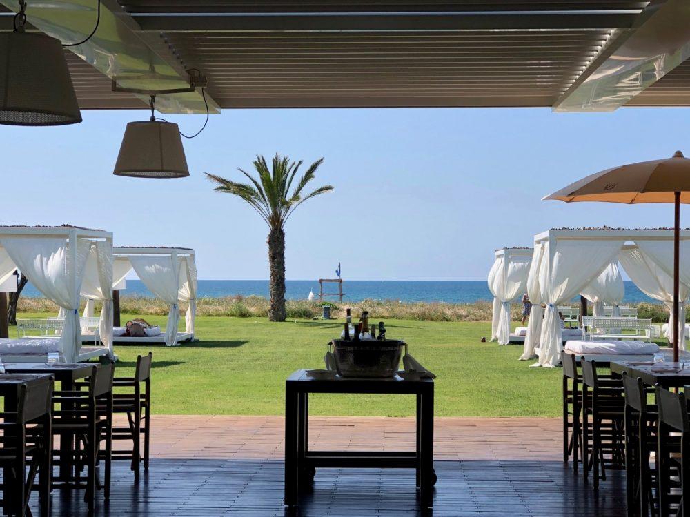 Beach 93, mangiare, bere, riposare, nuotare, non necessariamente in quest'ordine