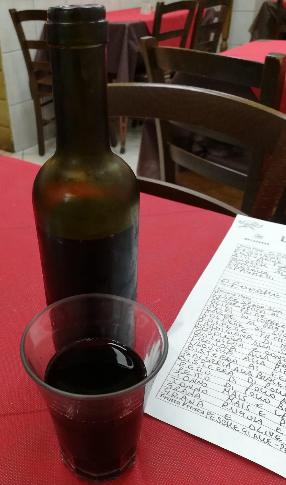 La Tavernetta Vittozzi - La mezza bottiglia di Rosso della casa