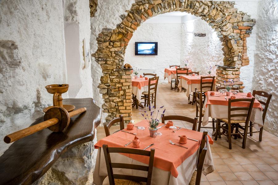 Osteria Diabasis, indoor