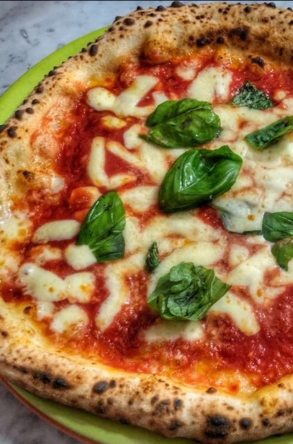 Pizzeria Vincenzo Di Fiore - Pizza Margherita